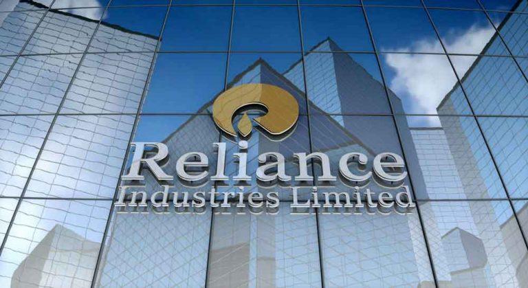 भारत की सबसे बड़ी कंपनी बनी RIL, इंडियन ऑयल को छोड़ा पीछे, 1553 करोड़ रुपए रोज कमाकर बनाया रिकॉर्ड